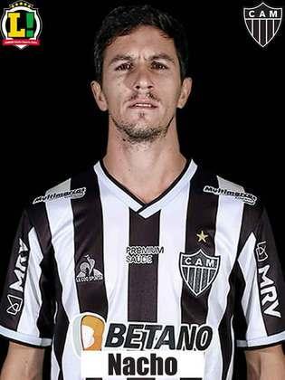 Nacho Fernández - 5,5: Ficou longe do jogador que se mostrou durante 2021 e criou poucas chances de gol.