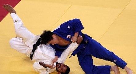 Nacif Elias levou golpe após buscar a vitória