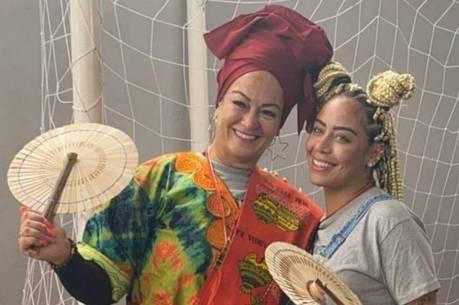 Nadine Gonçalves e Rafaella Santos