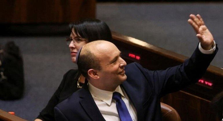 Naftali Bennett novo primeiro-ministro de Israel eleito neste domingo (13)