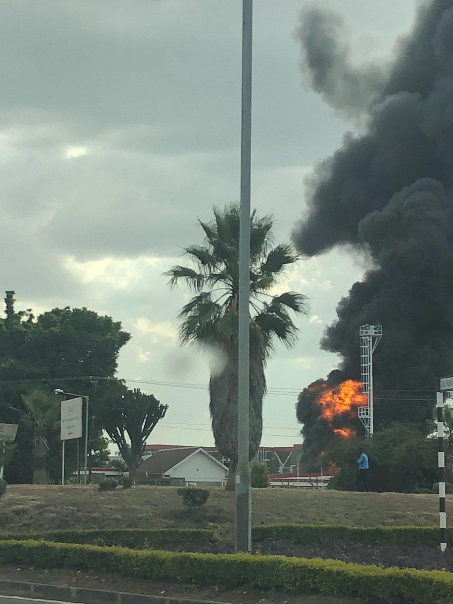 Depósito de combustível do aeroporto de Nairóbi pega fogo