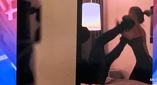 Neymar e Najila brigando no hotel em Paris. Cena correu o mundo