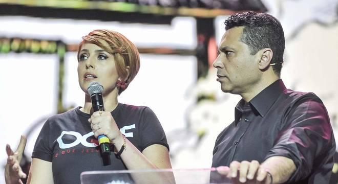 Cristiane e Renato Cardoso falaram para 40 mil pessoas