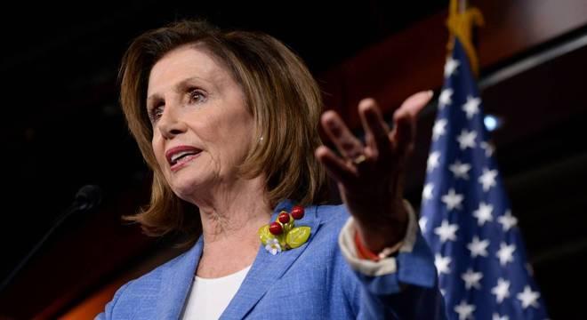 Rara sessão foi convocada pela presidente da Câmara, Nancy Pelosi