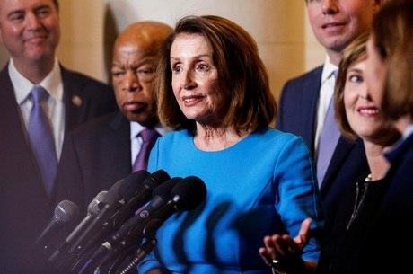 Nancy Pelosi discursa após indicação dos Democratas