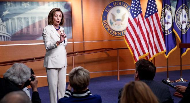 A Câmara dos Deputados aprovou em 18 de dezembro as acusações contra Trump