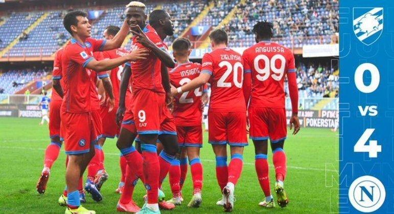 A celebração do Napoli ao final do jogo do Ferraris, em Gênova