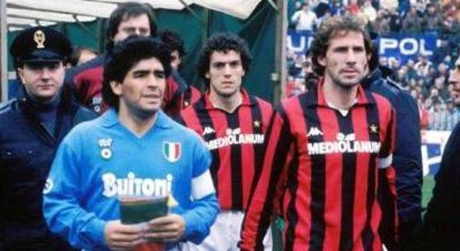 Maradona, Donadoni e Baresi, 1 X 1 em 1990