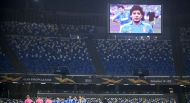 Napoli x Rijeka - Homenagem a Maradona