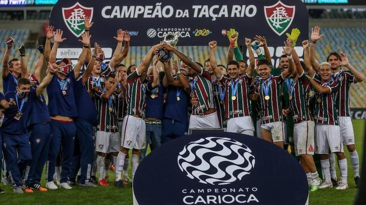 Naquele Campeonato Carioca, o Fluminense acabou sendo campeão da Taça Rio em cima do Flamengo, nos pênaltis, mas perdeu as duas partidas da decisão do Estadual e ficou com o vice.