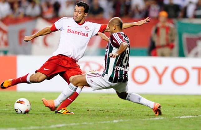 Naquele mesmo ano, o Fluminense havia eliminado o Internacional, nas Oitavas de final do torneio internacional.