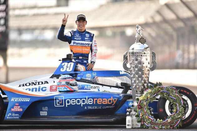 Nas 500 Milhas de Indianápolis, vitória de Takuma Sato. Dixon foi segundo, com Newgarden em quinto
