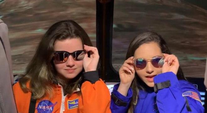 Estagiários da NASA criaram a própria versão da música NASA, da Ariana Grande