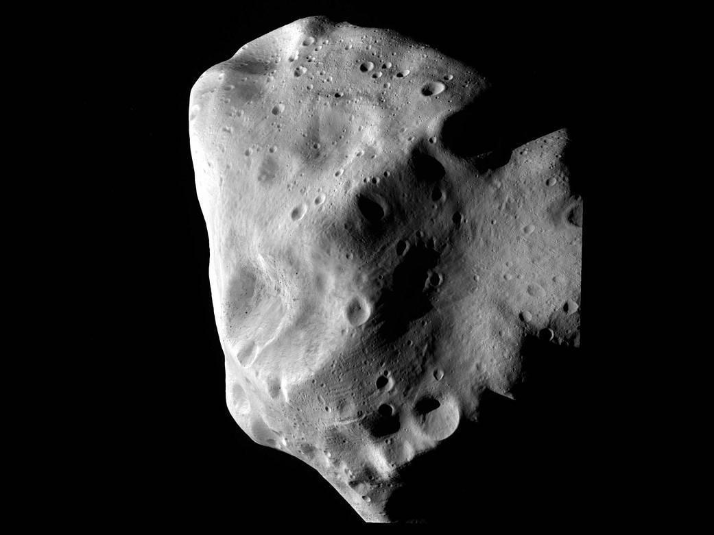 Nasa desenvolve estratégia para salvar Terra de asteroides