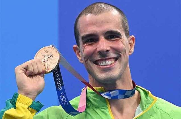 NATAÇÃO - Bruno Fratus conquistou a medalha de bronze na prova dos 50m livre masculino, nesta noite, no Centro Aquático de Tóquio. O brasileiro fechou a final com tempo de 21s57. Caeleb Dressel, ficou com o ouro e o francês Florent Manaudou com a prata