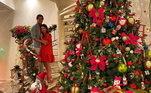 Pato com a esposa Rebeca Abravanel na luxuosa casa deles!
