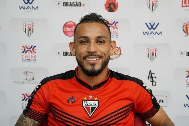 Natanael (lateral-esquerdo - 30 anos) - Pertence ao Internacional e está emprestado ao Atlético-GO somente até 28/2 - É titular do Atlético-GO