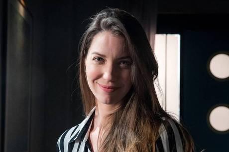 Nathalia Dill também votou no Emmy Internacional