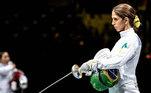 Aposta de medalha para o Brasil, a esgrimista Nathalie Moellhausen foi eliminada logo em sua estreia na disputa da espada nos Jogos Olímpicos de Tóquio, neste sábado (24)