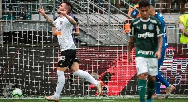 Palmeiras pagou caro pelo futebol burocrático, sem imaginação. Empate