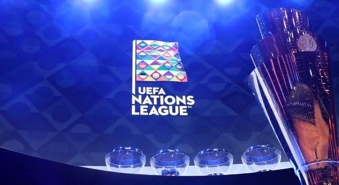 Cena do dia do sorteio das chaves da Liga das Nações
