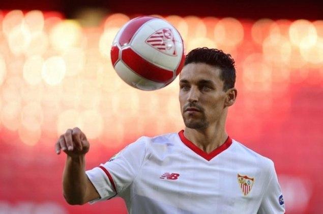 Navas é outro que entrou no decorrer do jogo. Defende o Sevilla, clube que já atuava em 2010. Entretanto, entre 2013 e 2017 jogou no Manchester City.