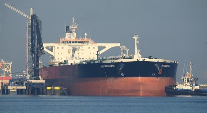 Navio Bouboulina abasteceu na Venezuela próximo ao dia 18 de julho