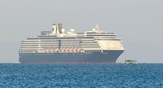 O MS Westerdam conseguiu atracar no Camboja após ser barrado em cinco portos