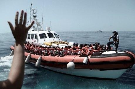 Crise foi desencadeada por resgate de navio Aquarius