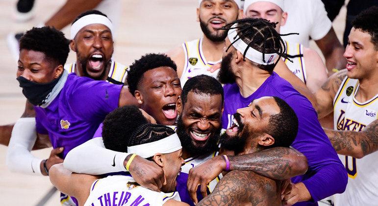 NBA tem muitas partidas por temporada. Calendário apertado todos os anos