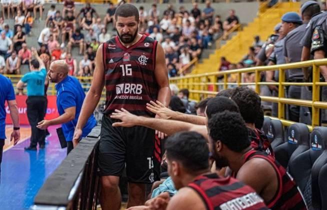 NBB - Torneio se encaminha para o final do primeiro turno e terá jogos decisivos para a tabela de classificação. O Flamengo (foto) é o vice-líder, apenas atrás do Minas
