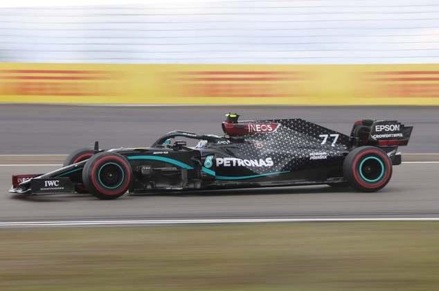 NC - Valtteri Bottas (Mercedes) - 6.46 -  Finlandês largou muito bem, mas erro que deu liderança de bandeja e abandono apagam dia