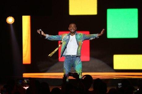 Nego cantou para mais de 4 mil pessoas