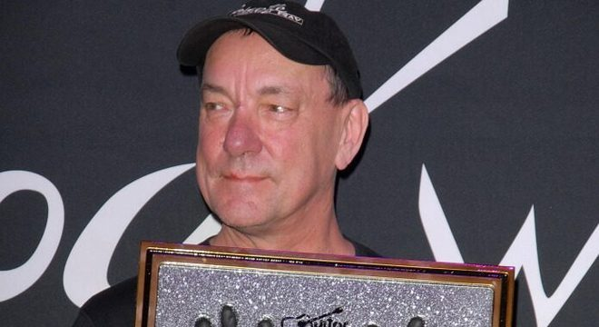 Neil Peart: amiga do Rush rebate rumores sobre últimos dias do baterista