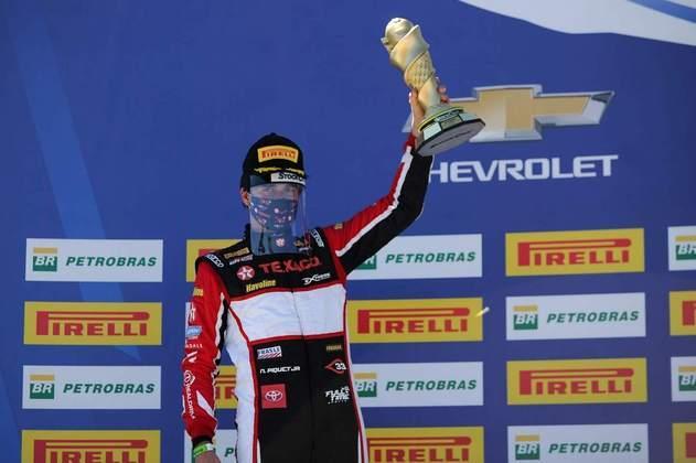 Nelsinho Piquet foi o segundo colocado na corrida 2