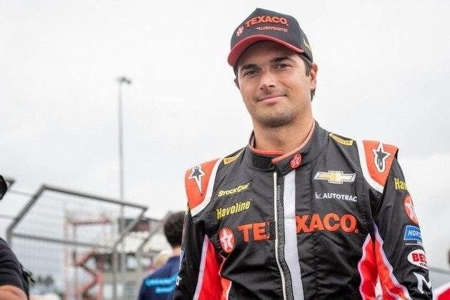 Nelson Piquet Jr. - Deu continuidade a carreira do pai, o Tricampeão Mundial de Fórmula 1, Nelson Piquet (1981, 1983 e 1987). Passou pela Fórmula 1 em 2008, e atualmente disputa a Stock Car. No último mês, o piloto disse que pode retornar à Nascar