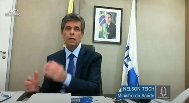 Ministro Teich diz que não há regra geral para conter coronavírus