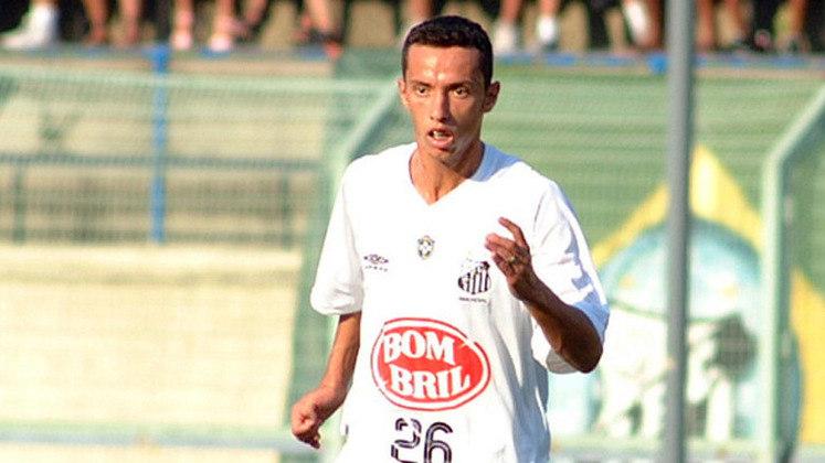 Nenê - Atacante ainda está em atividade e defende o Fluminense.