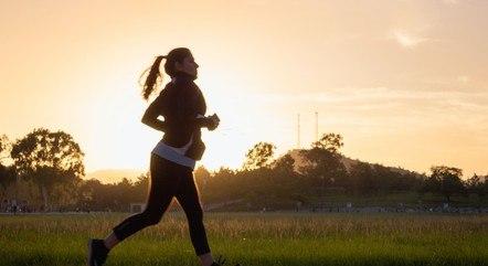 Distração, falta de preparo físico ou de orientação e até sobrecarga são os principais causadores das lesões físicas