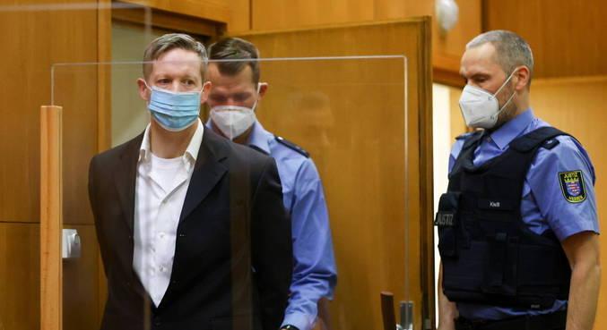 Neonazista é condenado após matar político que defendia recepção de refugiados