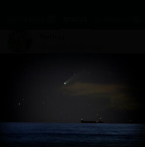O Nordeste foi a primeira região do Brasil onde foi possível ver o Neowise com clareza. Esta imagem foi feita do Espigão Costeiro de São Luís, no Maranhão