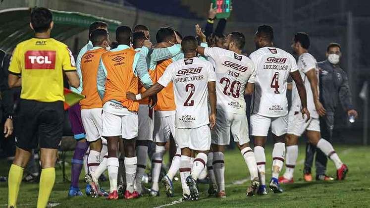 Nesta noite de quarta-feira, o Fluminense se classificou para as oitavas da Copa do Brasil após vitória de 3 a 2 sobre o RB Bragantino no placar acumulado. Confira as notas a seguir.