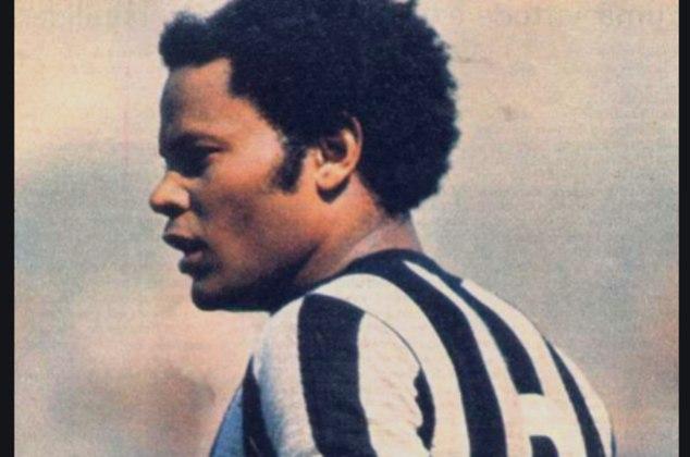 Nesta quinta-feira está completando um ano da morte de Rodrigues Neto, um dos maiores laterais-esquerdos do futebol brasileiro, de muito sucesso nos anos 70 e que disputou a Copa de 78. Aproveitando a data, o L! relembra o Top10 histórico da posição no país da bola. Veja se você está de acordo