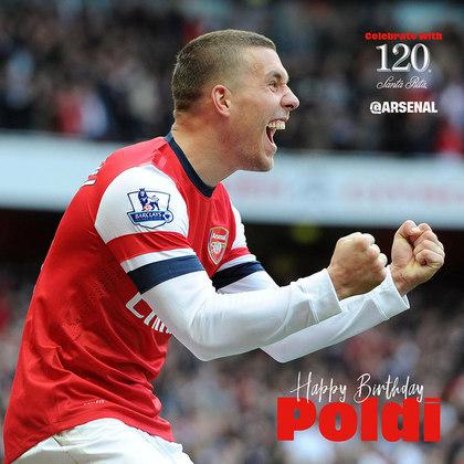 Nesta quinta, o Arsenal, ex-equipe de Podolski, o parabenizou no twitter. Atualmente, o jogador defende as cores do Antalyaspor Kulübü, da Turquia, e tem contrato até 30 de junho de 2021.