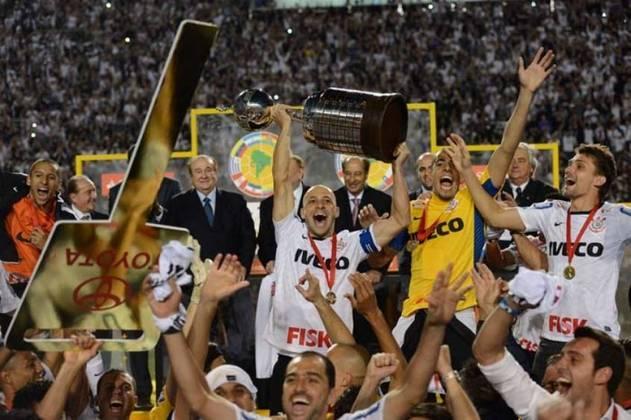 Neste domingo, 4 de julho de 2021, o Corinthians comemora o nono aniversário da inesquecível conquista da Copa Libertadores de 2012. Confira, na galeria a seguir, por onde anda cada campeão corintiano: