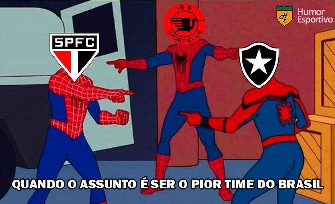 Neste domingo, o time comandado por Fernando Diniz foi derrotado por 2 a 1 pelo Atlético-GO e não escapou dos memes dos rivais. Confira os melhores na galeria! (Por Humor Esportivo)