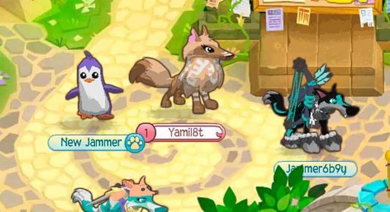 Neste jogo, a criança adota um animal de estimação. Em seguida, pode-se utilizar a criatividade para personalizar o pet e explorar o mundo 3D.