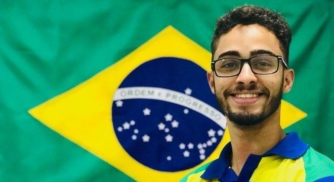 Brasileiro é um dos integrantes da dupla de mecatrônica