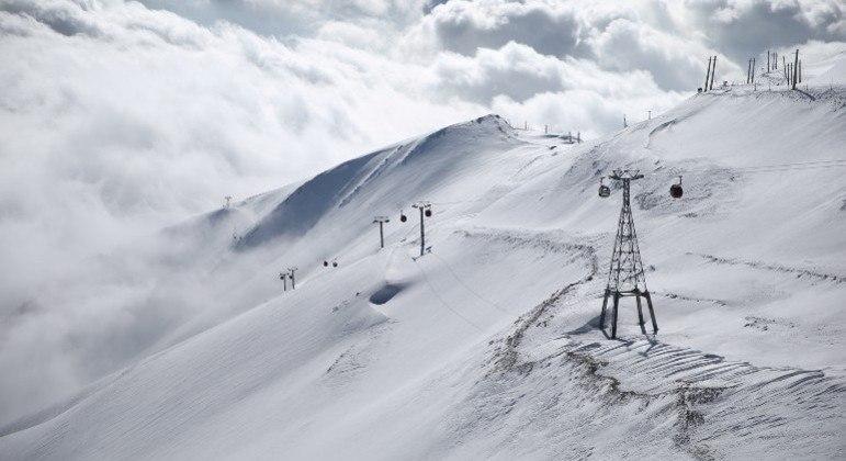 Nevasca atinge Irã, mata 8 alpinistas e deixa pelo menos 12 desaparecidos