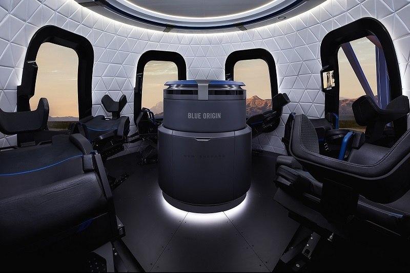 A cabine e as janelas da New Shepard são amplas para facilitar o turismo no espaço